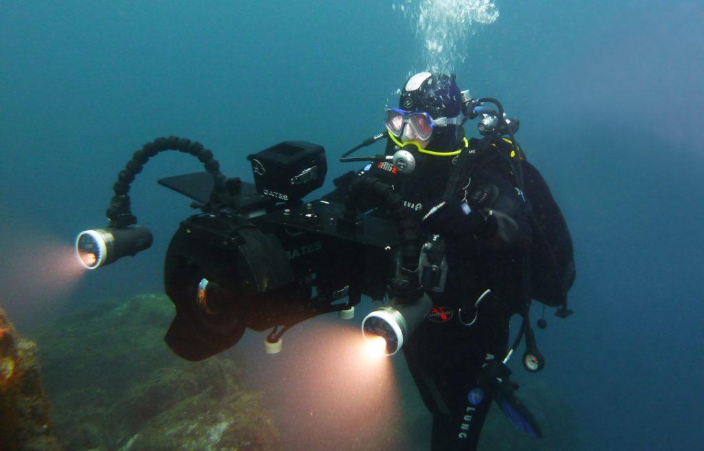 photo de Patou sous l'eau avec la caméra